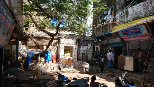 A small courtyard-like public space can be found to the south of the toilet block which has a tea stall, barber shop, grocery stores, goods storage, etc that serve this neighborhood. It also acts as a meeting place for men who can be found sipping tea and engaging in conversation throughout the day